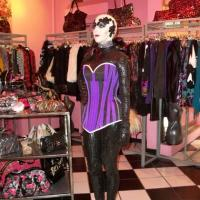 Galatha en Betsey Johnson NYC